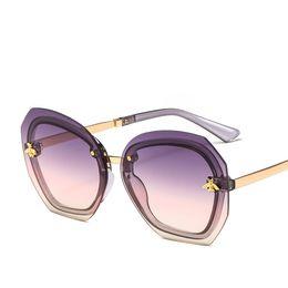 0357b8da0 2019 Hot Abelha Óculos De Sol De Luxo Itália Designer Grande Armação Moda  Óculos de Alta Qualidade Óculos de Proteção UV Hipster Óculos de Marca Da  Moda Na ...