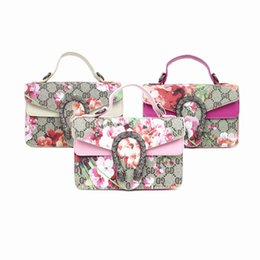 $enCountryForm.capitalKeyWord Australia - Kids Designer Handbags Newest Fashion Korean Girls Mini Princess Purses Tote Classic Floral Printed Snake Head Cross-body Bags Coin Purses