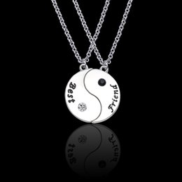 $enCountryForm.capitalKeyWord Australia - New 2 Pcs Set Best Friends Necklace Yin Yang Tai Chi Puzzle For Women Girls Silver Long Chain Bff Forever Students Jewelry Gifts