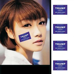 Wholesale Elezioni americane Trump 2020 Adesivo Moda faccia a petto che attacca autoadesivo composito creativo Home Window Stickers Decor TTA1131