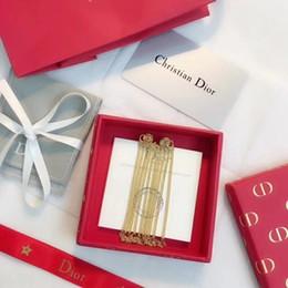 Опт hotWomen's Jewelry 2019 Модные тенденции Новая цепочка Нестандартные кисточки Серьги-гвоздики Классические буквы