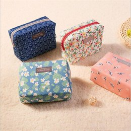 purse making kit Australia - Sweet Floral Cosmetic Bag Fashion Portable Mini Purse Travel Wash Bag Toiletry Organizer Beauty Pouch Kit Makeup Pouch Make Up