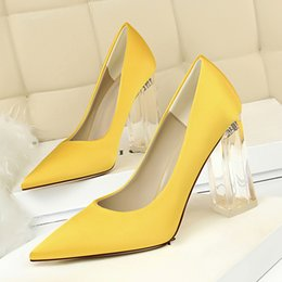 spring yellow NZ - New Pointed Toe Transparent Block High Heels Stain Yellow Pumps Escarpins Women Fall 2018 Spring Elegant Lady Office Party Shoes