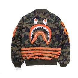 Опт Оптовая продажа нового подростка личность камуфляж полиэстер хип-хоп куртка любовника повседневная акула принт бейсбол равномерное куртка бесплатная доставка