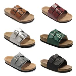$enCountryForm.capitalKeyWord Australia - 2019 famous Brand Arizona Men Flat Heel Slipper Women Multaicolor Summer Casual Shoes Buckle High Quality Genuine Leather wholesale