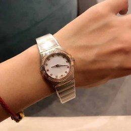 Wholesale Silver and rose gold watch with diamonds bezel watch women good quality quartz movement watches Luxury Stainless steel Lady Clock