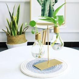 $enCountryForm.capitalKeyWord UK - Light Bulb Shape Glass Vase Hydroponic Plant Container Wrought Iron Flower Pots Tabletop Glass Wedding Nordic Decor Desk Vases Y19062803
