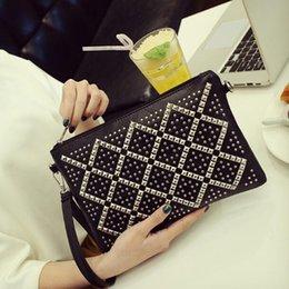 $enCountryForm.capitalKeyWord Australia - Designer Women brand Rivet Clutch Bags Zip soft surface Envelope Shoulder Bags Cross Body Diamond Lattice Cell Phone Bags