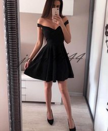$enCountryForm.capitalKeyWord Australia - 2019 Sexy Black Party Dress Off the Shoulder Ruffles Knee Length Formal Gowns Homecoming Graduation Dresses