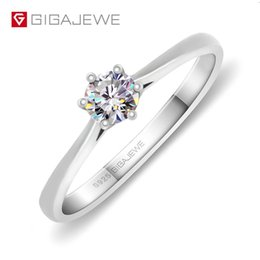 $enCountryForm.capitalKeyWord Australia - Gigajewe 0.3ct 4mm Round Cut Ef Vvs1 Moissanite 925 Silver Ring Diamond Test Passed Fashion Love Token Fashion Girlfriend Gift MX190801