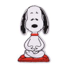 baby iron patches UK - Cute Dog Snoopy Iron on Embroidered cartoon patch Shirt Kids Gift baby shirt bag trousers coat Decorate