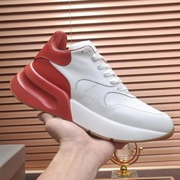 mens classic sports Canada - New Oversized Sneaker Mens Shoes Drop Ship Outdoor Walking Style Shoes Fashion Classic Lace -Up Casual Sports Men Shoes Fast Delivery
