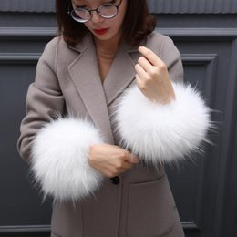 Leather fingerLess online shopping - Winter Woman with Fur Sleeve Windbreak Thickening and Warm Cuff Large Wrist Guard Leather like Hand Ring