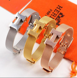 Wholesale Hot Hermes strap bracelet wire belt buckle titanium steel and original box bracelet classic European and American fashion lovers jewelry