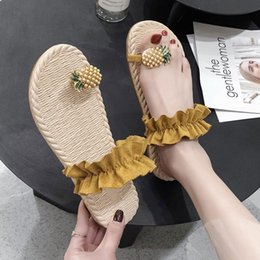women summer sandal flower Canada - Women Flats Slippers Summer Casual Flip Flops Flowers Pearl Woman Flat Shoes 35-40 plus size Comfortable Female Beach Sandals