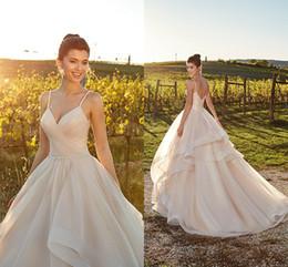 Chinese  Plus Size 2019 New Designer Wedding Dresses Tiered Tulle Garden Spaghetti Straps Cheap Wedding Dress Bridal Gowns Vestidos De Novia manufacturers