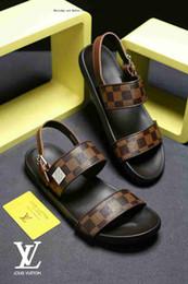 $enCountryForm.capitalKeyWord Australia - Brand Sandals Men And Women Beach Slide Fashion Casual Rubber Slippers Outdoor Massage High Quality Men's