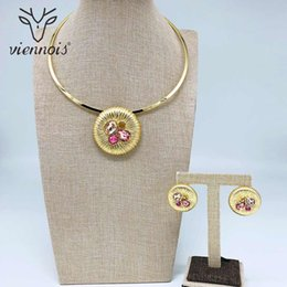 SetS viennoiS online shopping - Viennois Fashion Gold Color Stud Clip On Earrings Mix Color Zricon Pendant Necklace Jewelry Set For Women Metal Party