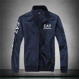 Frete grátis Homens Primavera Outono Windrunner jaqueta fina jaqueta casaco, homens esportes blusão jaqueta explosão modelos negros casal clothin homens em Promoção