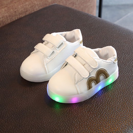 Discount babys shoes - Toddler White Shoes Baby Girl & Boys Sneakers Fashion With LED Sports Casual Soft Bottom Shoes For Babys Eur Size 21-30