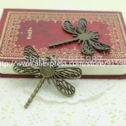 Charm Trays NZ - Sweet Bell 120pcs lot Antiqued Bronze dragonfly Pattern Tray Cameo Setting Pendant Charm Size 8mm 7A1105