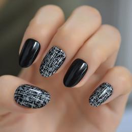 $enCountryForm.capitalKeyWord Australia - Fashion Silver Cross Rain Fake Nail Tips Black Full Cover Artificial 24pcs kit Round False Press On Nails Free Adhesive Tabs