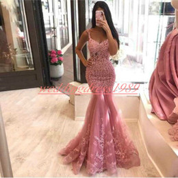 Gold Gowns red carpet online shopping - Beautiful Mermaid Evening Dresses Lace Applique Arabic Robe De Soiree Straps Plus Size Party Pageant Occasion Sleeveless Prom Dresses Gown