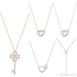 Flowers Rose White Love Australia - FAHMI SWA DEARY Rose Gold Four-leaf Clover Key Love Chain Clavicle Chain Temperament Flowers Charming Y-shaped Female Necklace