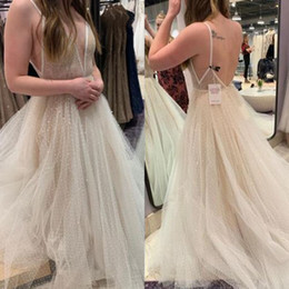 China Vintage Beach Wedding Dresses New Design Spaghetti Straps Backless A-line Tulle Lace Country Bohemian Cheap Summer Wedding Gown supplier line wedding dresses tulle spaghetti straps suppliers