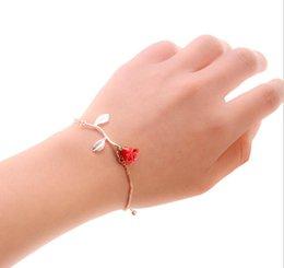 Großhandel Ou Fan Romantic Fashion Persönlichkeit Zubehör Legierung Rose Anhänger Armband