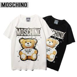 Moschino Luxury Mens Desgner T shirt Hip Hop shirt Stampa T Mens uomini di alta qualità di estate delle donne manica corta T superiori # 65468 in Offerta