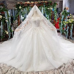 Backless Wedding Dress Veils UK - 2019 Summer Bohemian Wedding Dresses Sleeveless Backless Lace Up Back Shell Chest Cascading Ruffles Lace Veil Applique Sequins Bridal Gowns