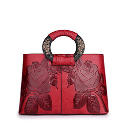 chinese handbags fashion UK - Fashion ladies handbag new Chinese style design large capacity flower pattern handbag ladies shoulder bag wholesale