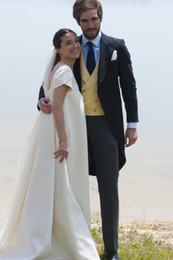 ClassiC tuxedo styles online shopping - Tailcoat Morning Style Groomsmen Peak Lapel Groom Tuxedos Men Suits Wedding Prom Dinner Best Man Blazer Jacket Pants Tie Vest G267