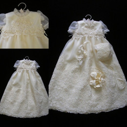 modern christening dress girl UK - Cheap Christening Gowns For Baby Girls Jewel Neck Lace Appliqued Beads Baptism Dresses Flower Girls Dress For Weddings With Bonnet