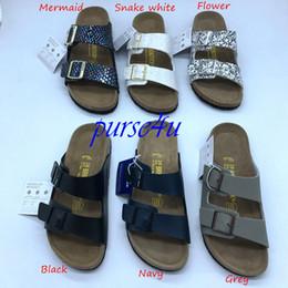 Ingrosso Zoccoli da uomo PU Leather Two Strap Slides Sandali casual per uomo e donna Designer Brand Shoes Cork Arizona Berks Infradito