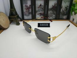 9ad8f7bd98 Mujeres diseñador de la marca de diseño del marco Retro gafas de sol de  gran tamaño Mujeres sin montura gafas de sol hombres anteojos gafas de  cuerno de ...