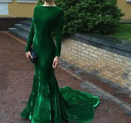 plus size velvet evening dresses Canada - 2020 Cheap Hunter Green Velvet Evening Dress Arabic Long Sleeves Formal Holiday Wear Prom Party Gown Custom Made Plus Size