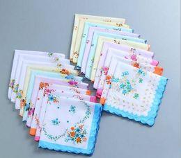 Cutter Hankies Australia - Hot 100% Cotton Handkerchief Cutter Ladies Handkerchief Craft Vintage Hanky Floral Wedding Handkerchief 30*30cm Random Color