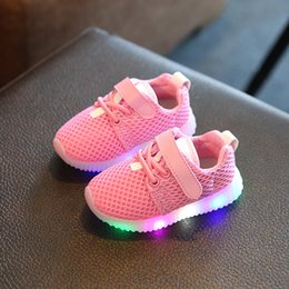 Glitter baby Girl online shopping - 2019 European fashion cool LED lighted baby sneakers high quality breathable soft girls boys shoes glitter baby casual shoes