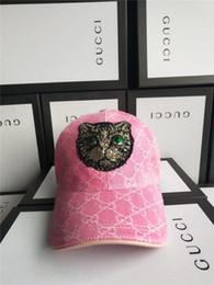 Skull Ball Caps Canada - New Fashion Brand Top men women popular Snapback Cap Unisex Hats Baseball Caps Men hip hop Skull touca with box