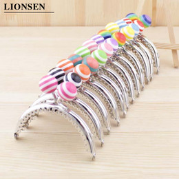 $enCountryForm.capitalKeyWord Australia - LIONSEN 8.5cm Striped beads metal Purse Frame Handle for Clutch Bag Handbag Accessories Making Kiss Clasp Lock 11 colors