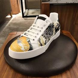 $enCountryForm.capitalKeyWord Australia - New Fashion classics Men's 3D Printing Painted Graffiti Patterns Slip proof sole laced casual shoes D3