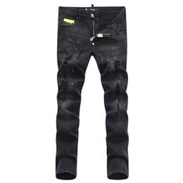 $enCountryForm.capitalKeyWord UK - Euro Fashion Men Black Stretch Jeans Tidy Biker Denim Jean Paint Spot Damage Slim Fit Distressed Cowboy Pants Man Yellow Metal Patch 19ss