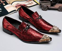 men dressed red shoe Australia - new fashion metal Pointed toe men Formal shoes red Men's oxfords mens dress wedding shoes Luxury loafers for men