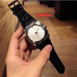 Circular Case Australia - Non-circular non-square case men's personalized watch leather waterproof fashion boutique watch top quartz chronograph wrist watches