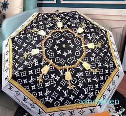 Progettazione Lettera Ombrello donne degli uomini di lusso Classic prited Camellia Umbrella 3 Fold lusso LOGO Ombrello antivento con il regalo Box in Offerta