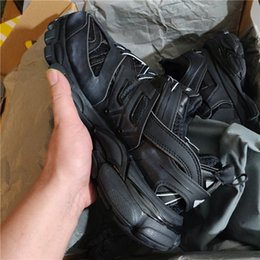 $enCountryForm.capitalKeyWord Australia - Track Trainers Sneakers Tess S Gomma Trek Low Designer Men Women Sneakers Triple S Clunky Sports Casual Shoes With Dust Bag
