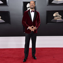 celebrity red tuxedo Australia - Classy Burgundy Two Pieces Velvet Mens Suits Peaked Lapel Wedding Grooms Tuxedos Slim Fit Formal Blazer Red Carpet Celebrity Prom Suit