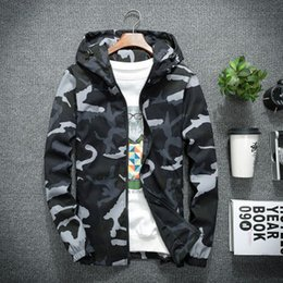 Discount camo patterns print Mens Deaigner Jackets Fashion Camo Pattern Hoodies Luxury Casual Mens Clothes Mens Thin Windbreaker 3 Styles Asian Size